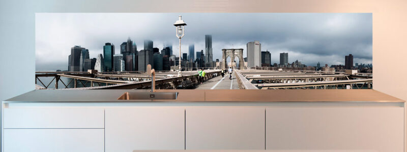 Photographic-splashback-design-Brooklyn-Bridge