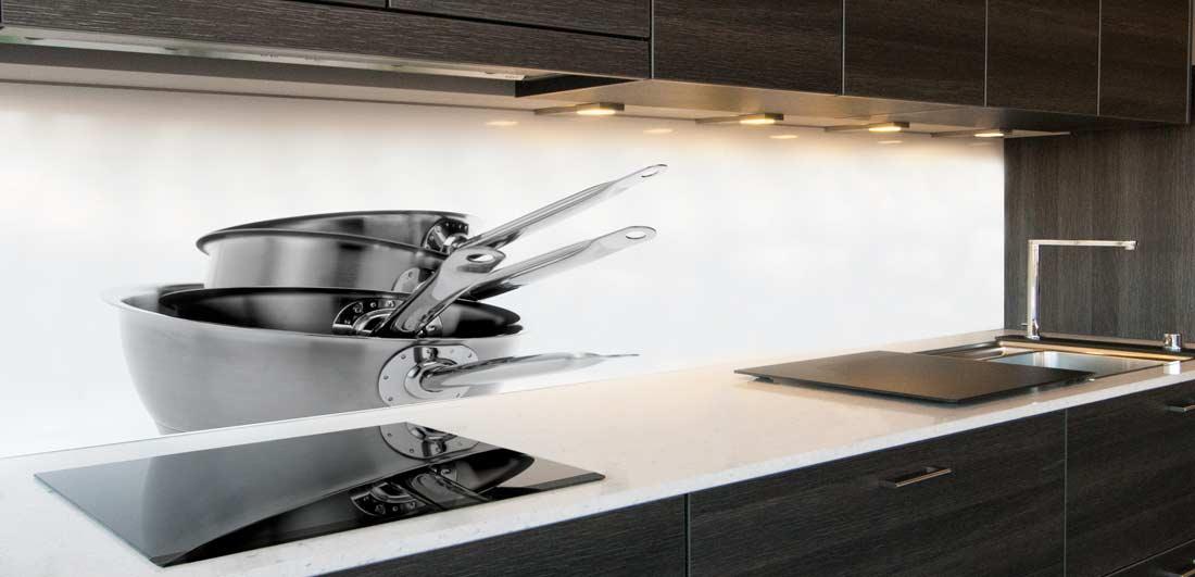 Keuken achterwand pannen