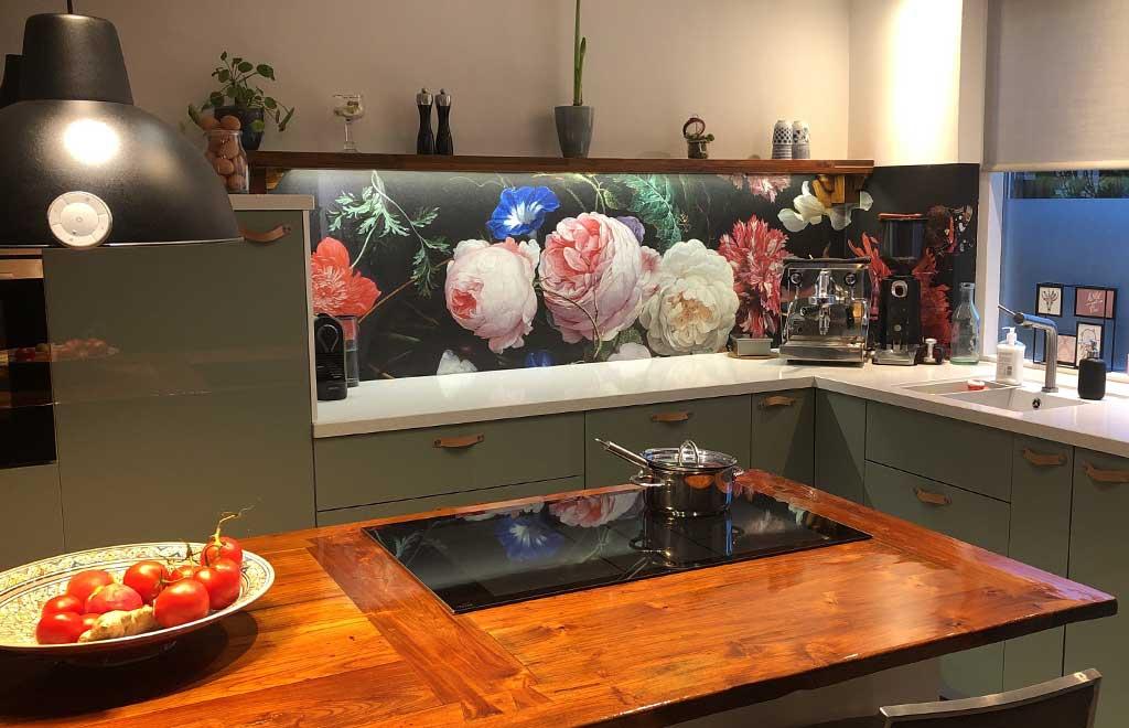 keuken-achterwand-bloemen