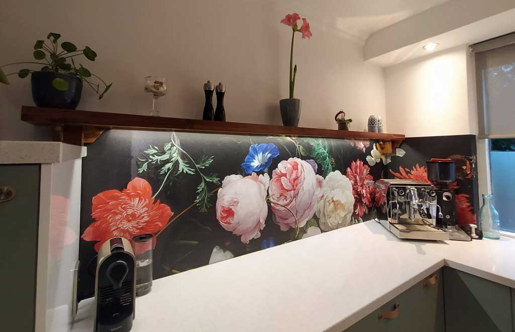 keuken achterwand bloemen bij Theo en Jolanda